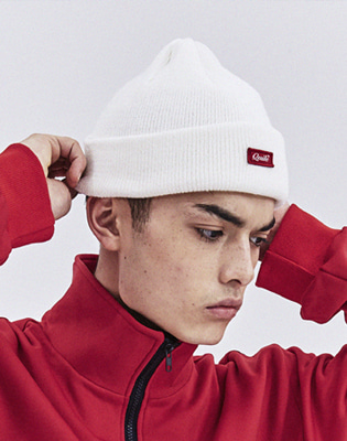 큐마일 SCRIPT RED BOX BEANIE 보드복비니 WHITE