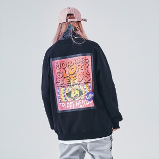 1920 비에스래빗 RED EYES CREWNECK BLACK