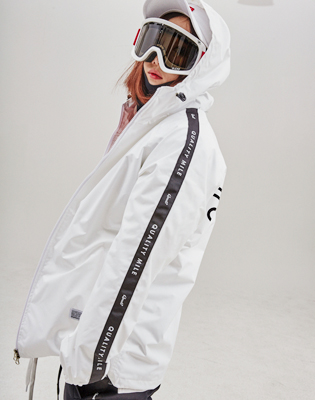 QULAITY MILE TRAINING JACKET_WHITE